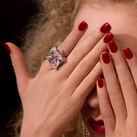 Uñas rojas, LaTendaElx.es