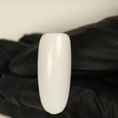 Como hacer uñas acuarela. Aplicar esmalte neutro