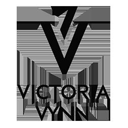 Victoria Vynn, esmaltes permantentes, construcción de uñas, diseño de uñas, uñas de competición